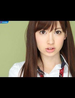 こじはる、「強風で必死にワンピース抑えたけど…」【小嶋陽菜/AKB48】