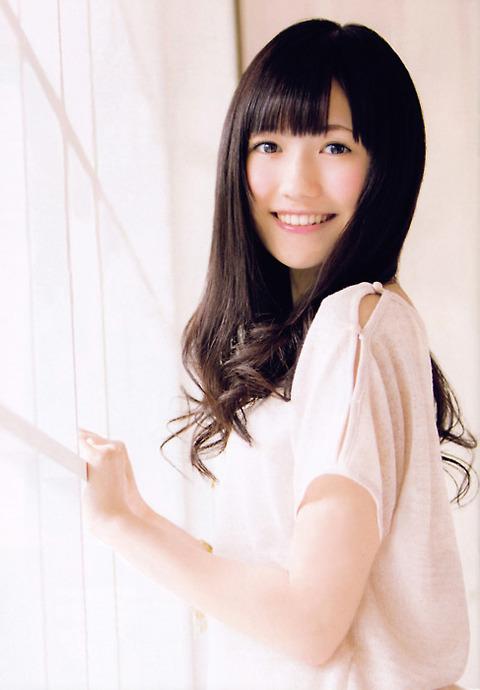 渡辺麻友の「美しい」画像が集まる【AKB48G】