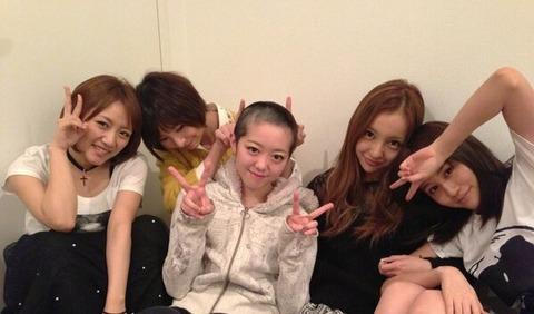 オリメンからの挑戦状!「深夜に終結、集合写真」【AKB48/峯岸みなみ】