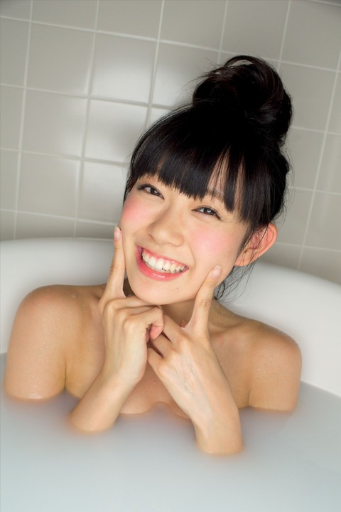 【NMB48/渡辺美優紀】みるきーの写真集先行カットエロ過ぎワロタ