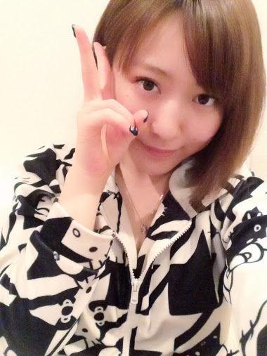 ファンからの素敵な贈りモノ♪素直に喜ぶまゆちがカワイイ【AKB48/内田眞由美】