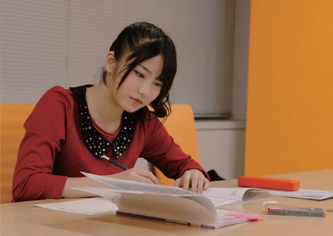 【朗報】ゆいはんがCM好感度4位!【横山由依/AKB48兼NMB48】