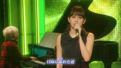 あっちゃんの右肩が名曲すぎる!【前田敦子/AKB48】