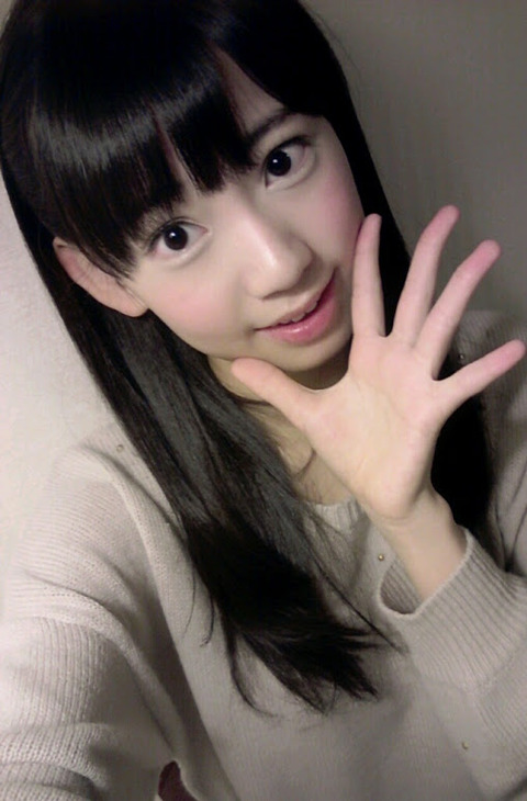 【中3】さくらたんて花音よりおっ○い大きいかも?【HKT48/宮脇咲良】