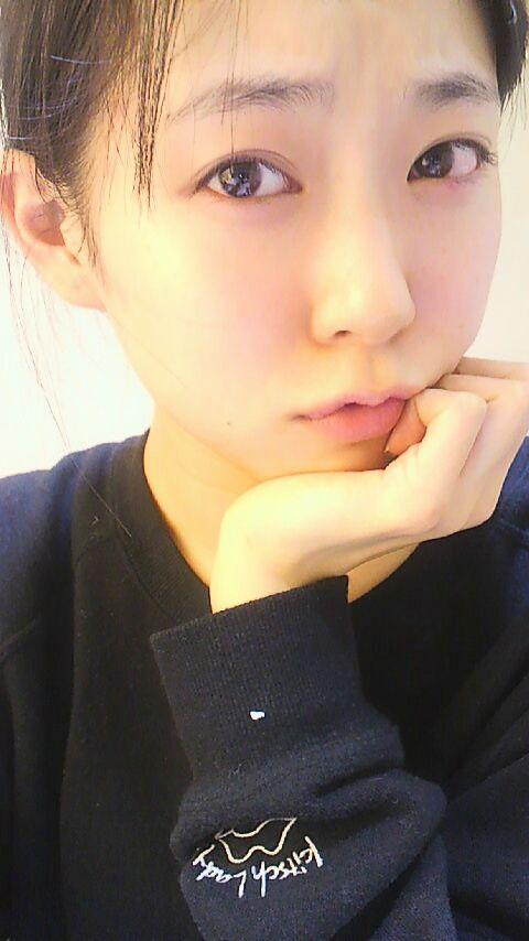 NMBみるきー(19) すっぴん公開 「かわいすぎ!」「このかわいさは反則」 絶賛コメ殺到【NMB48/渡辺美優紀】