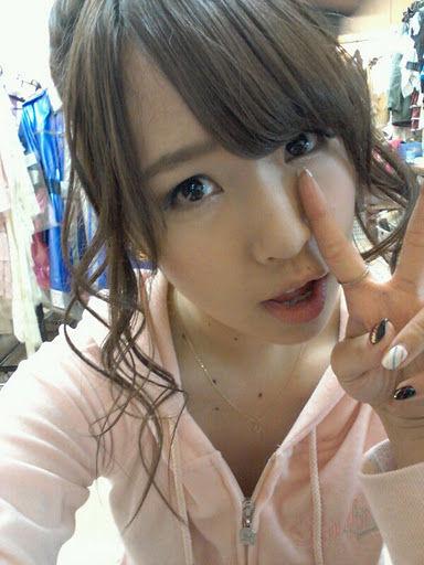 【AKB48/佐藤夏希】Nなっちを心配する篠田麻里子