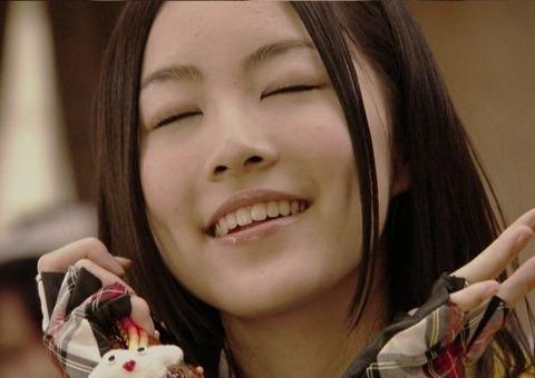 【AKB/SKE】珠理奈の髪型で今と前どっちが好き?