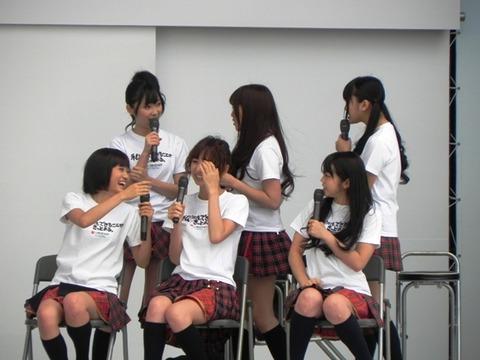 【AKB48G】もう握手会って座ってやればいいんじゃね?