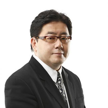 秋元康が作詞家売上げ日本一、総売上6,859万枚で故・阿久悠さん超え。