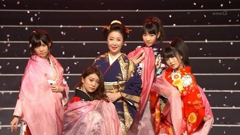 AKB48×伍代夏子 / 恋ざんげ - 第63回NHK紅白歌合戦【AKB48】