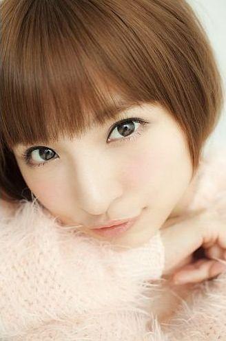 "【AKB48/篠田麻里子】""オヤジ殺し""スキルが業界内で評判に"