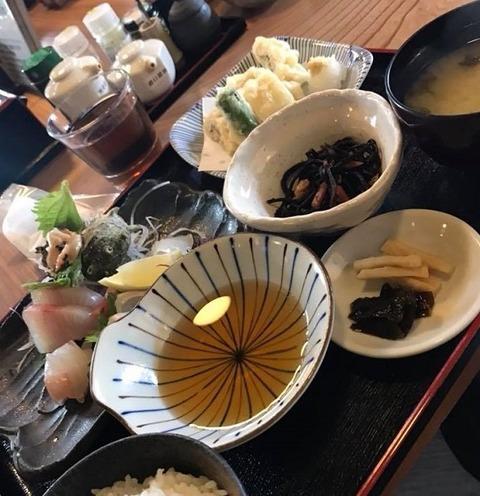 対馬の刺身と天ぷら定食