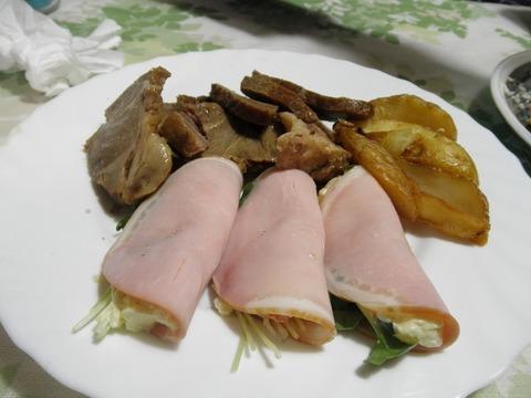 焼き豚&ポテトサラダのハム巻き