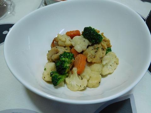 若鶏と温野菜の塩焼き