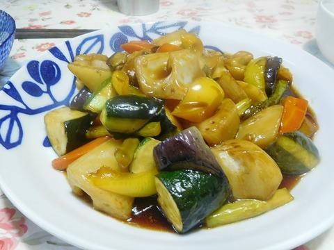 夏野菜の黒酢炒め