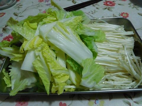 白菜とエノキタケ