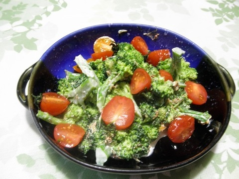 ブロッコリーサラダ