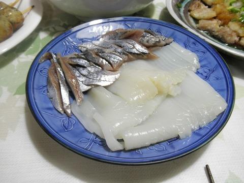 秋刀魚といかの刺身