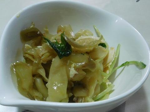 蒸し鶏と搾菜のピリ辛和え