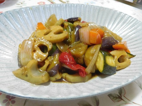 野菜の黒酢炒め