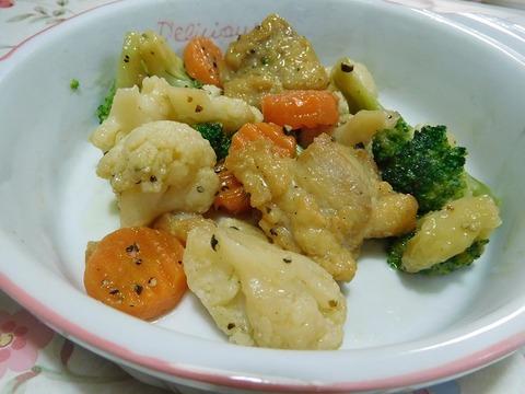鶏の夏野菜の黒胡椒炒め