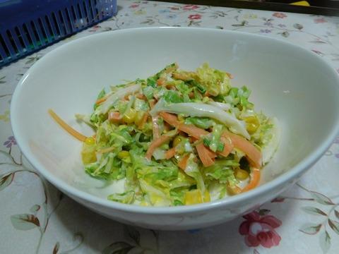 キャベツとコーンのサラダ