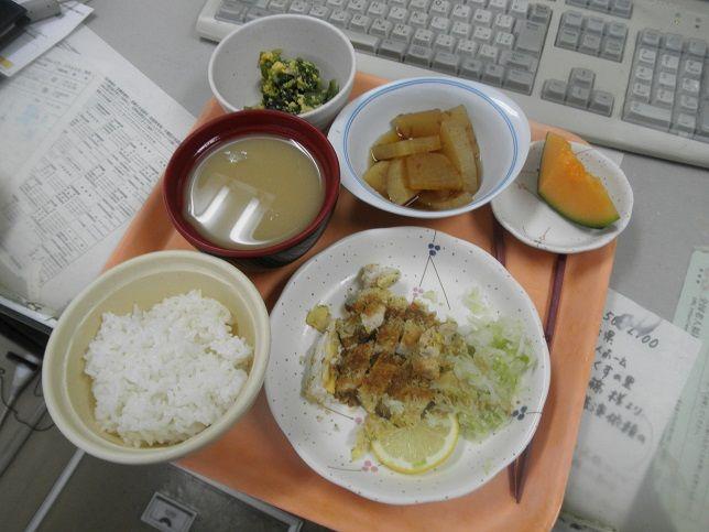 木曜日の昼食