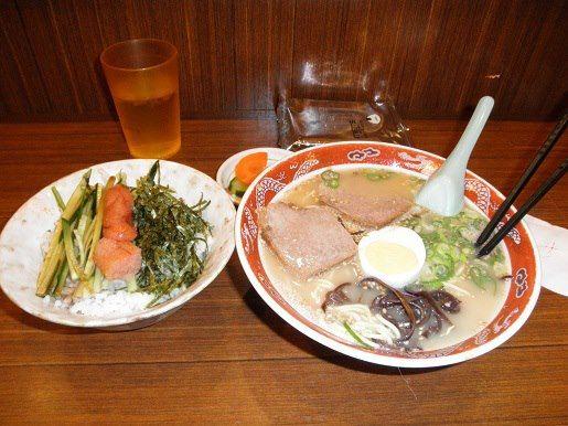 博多麺通り・二葉亭・博多セット