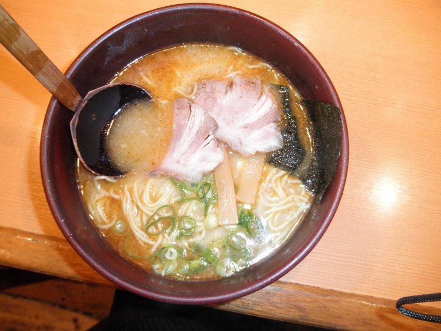 大阪・れんげ、とんこつラーメン