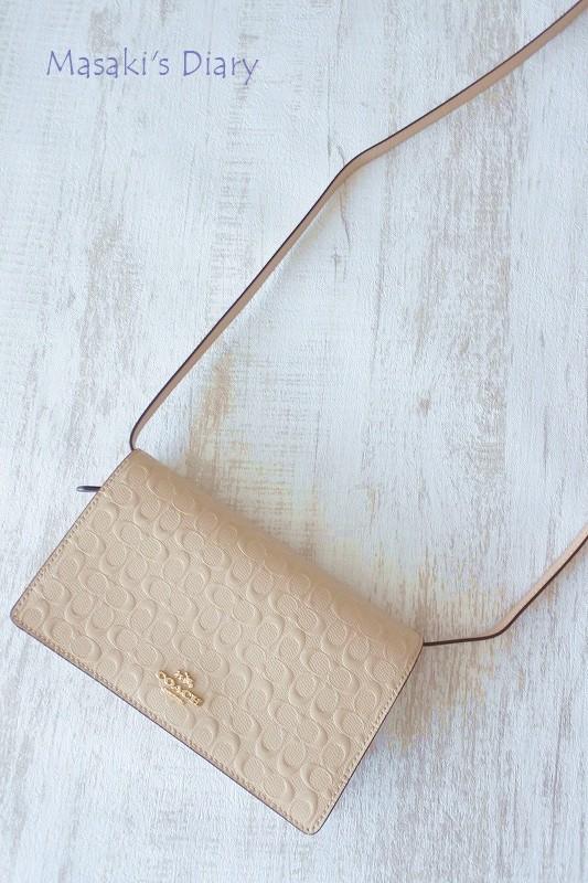 new product 1d14e 6c5f0 ◇COACHのお財布ポシェットの使い心地&着画:30-40代女性 ...