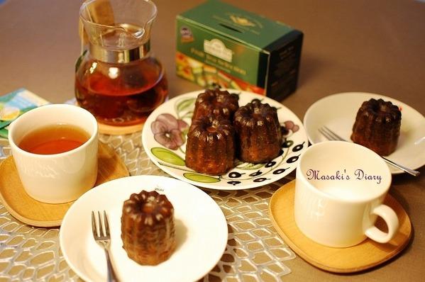 カヌレと紅茶のおやつタイム