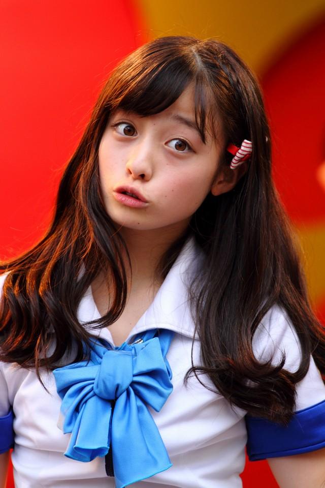 Kanna Hashimoto 橋本環奈 LOVE-arigatou- Images 5