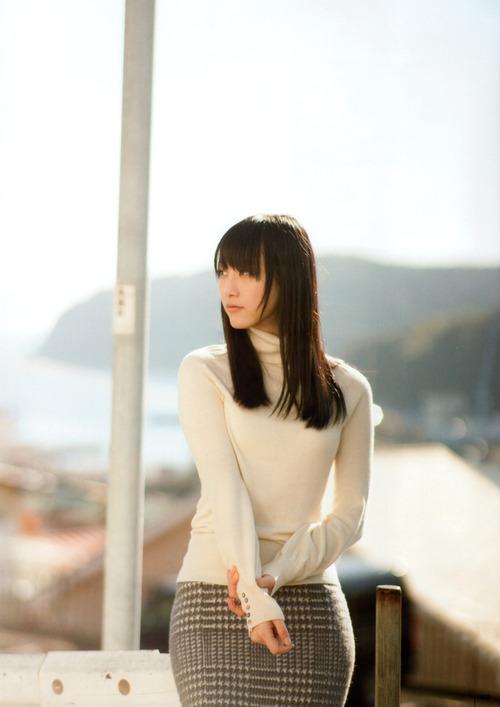 Rena Matsui 005