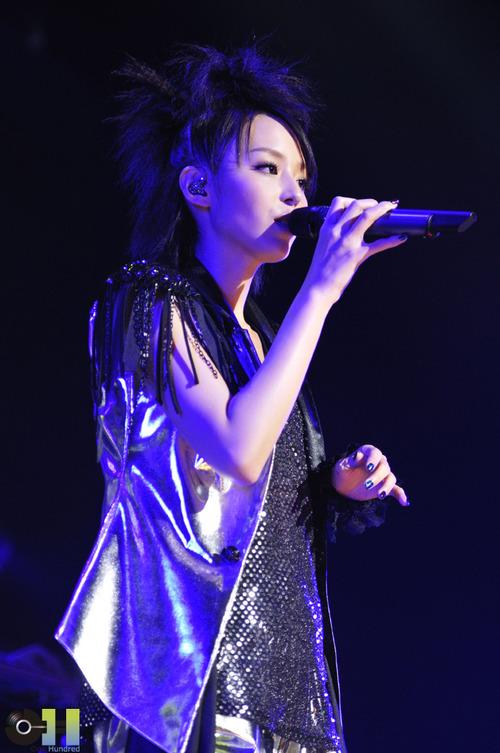 hirano_LIVE01