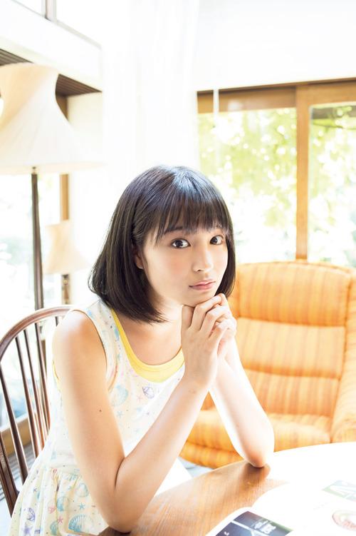 Suzu Hirose-02
