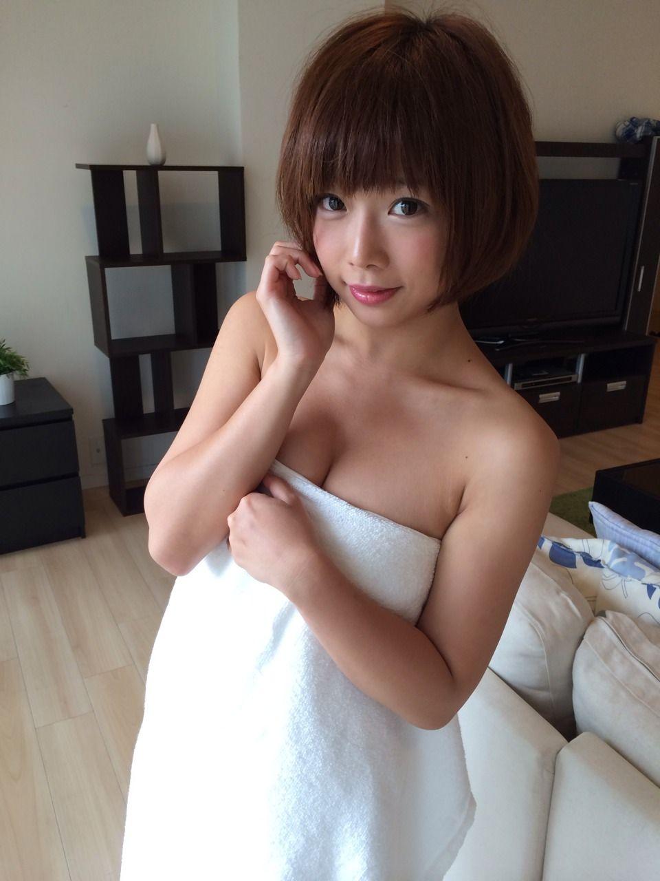 紗倉まな Mana Sakura Images 15