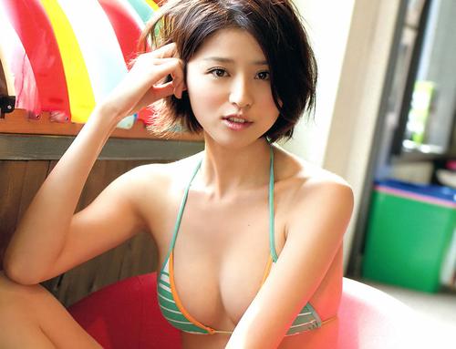 Chinami Suzuki 16