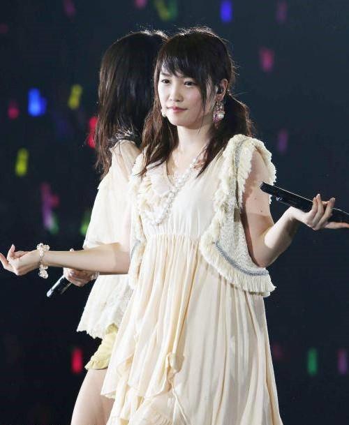 Rina Kawaei 700