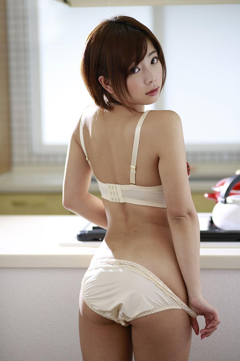紗倉まな Mana Sakura Images 16