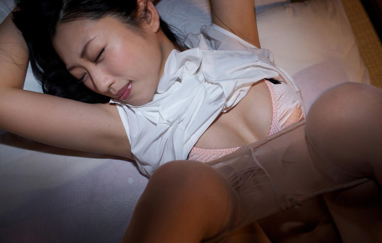 壇蜜 Dan Mitsu Hot Images 2
