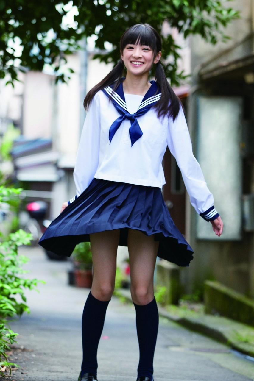 優希美青 Yuki Mio School Girl Images 3