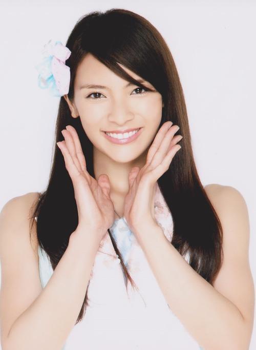 Sayaka Akimoto  02