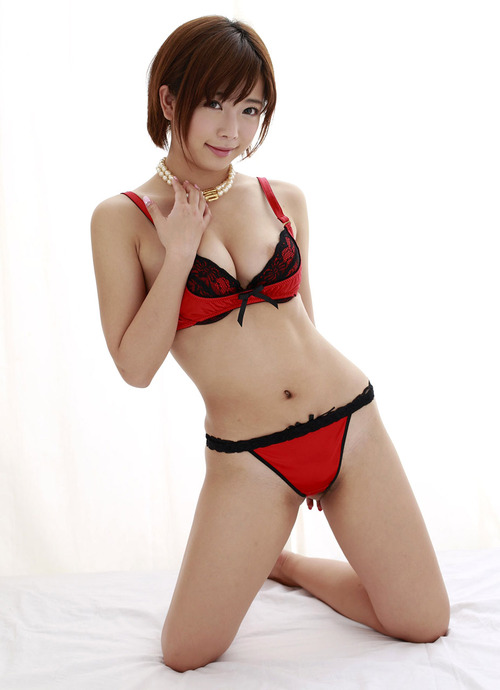 Mana Sakura 50