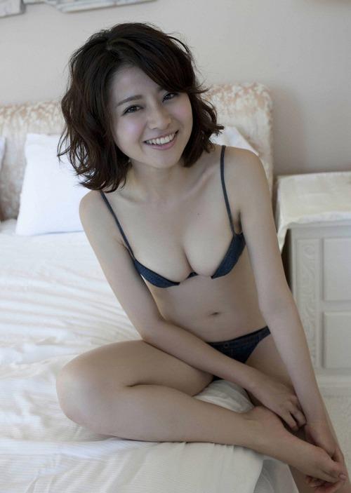 Chinami Suzuki 11