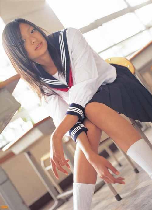 Nana Eikura 09