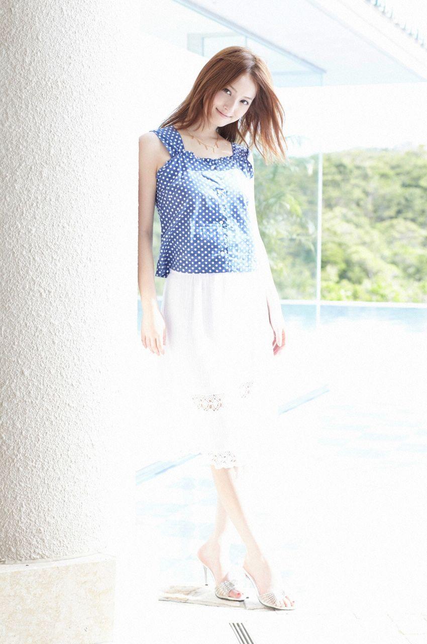 佐々木希 Sasaki Nozomi Images 9