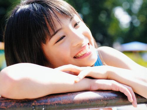Suzu Hirose-0008
