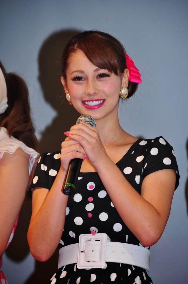 Akemi Darenogare ダレノガレ明美 Photos 13
