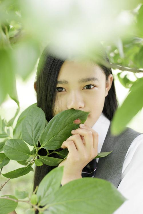 Sugisaki Hana-005