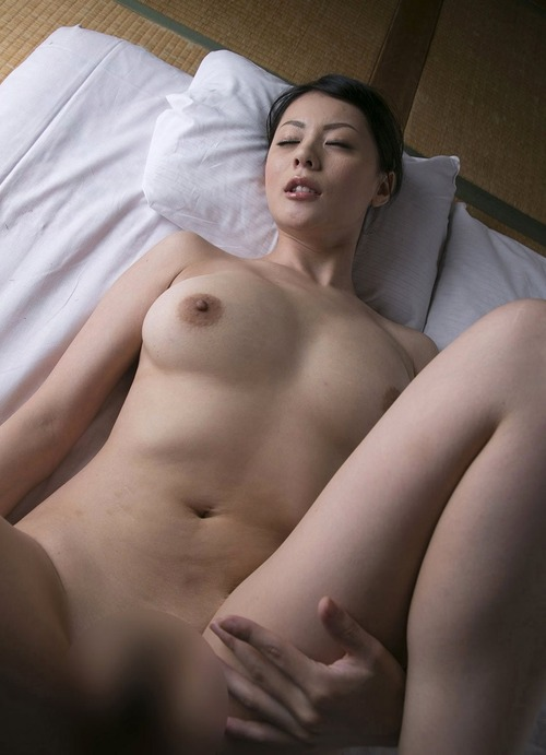 Nana Aida- 604